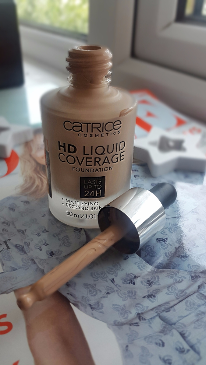 Catrice-HD-Liquid-Coverage-Foundation.jpCatrice HD Liquid Coverage Foundationeg